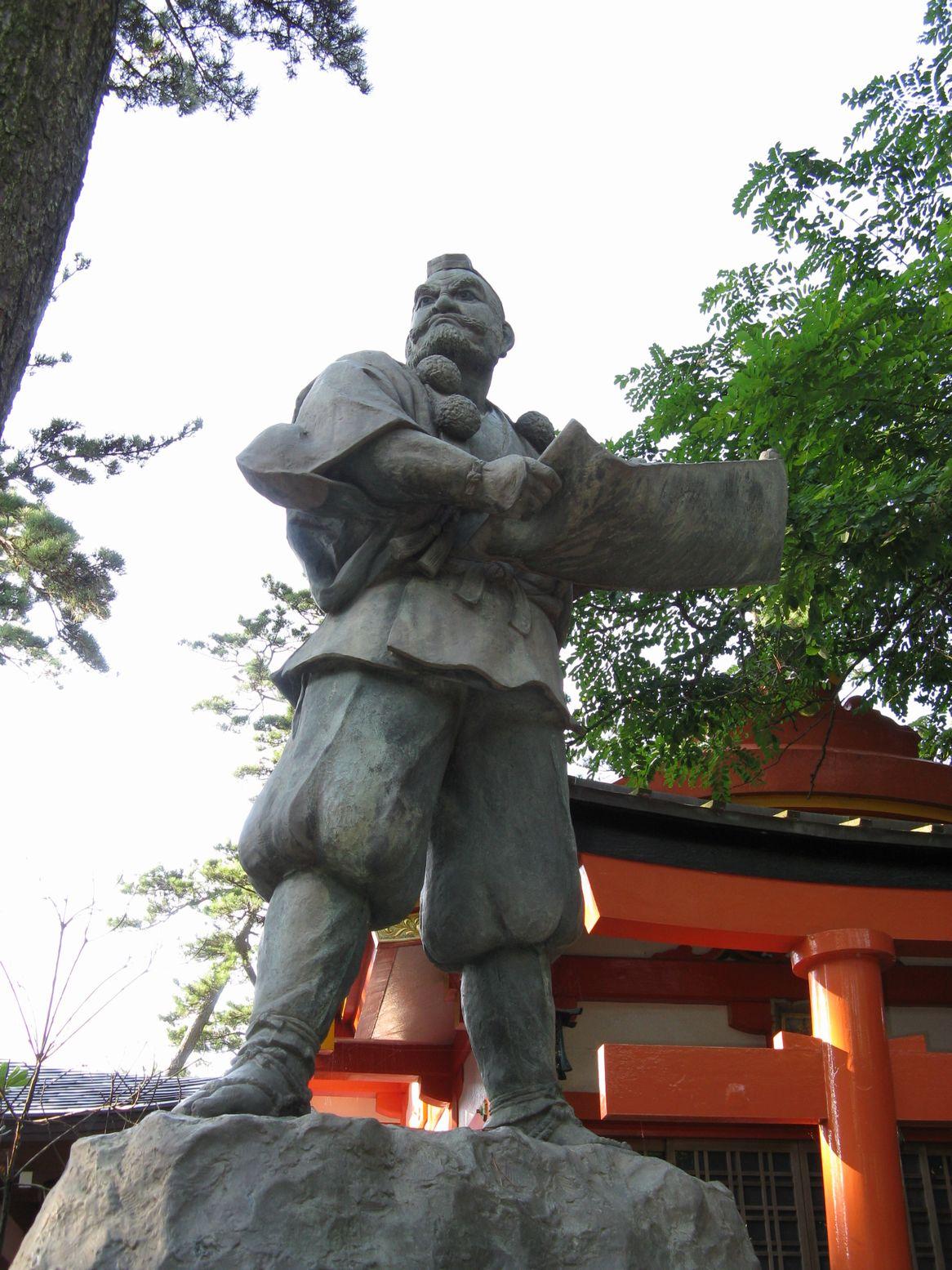 Benkei_statue_Ataka